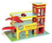 Parkhaus Dino's Garage aus Holz